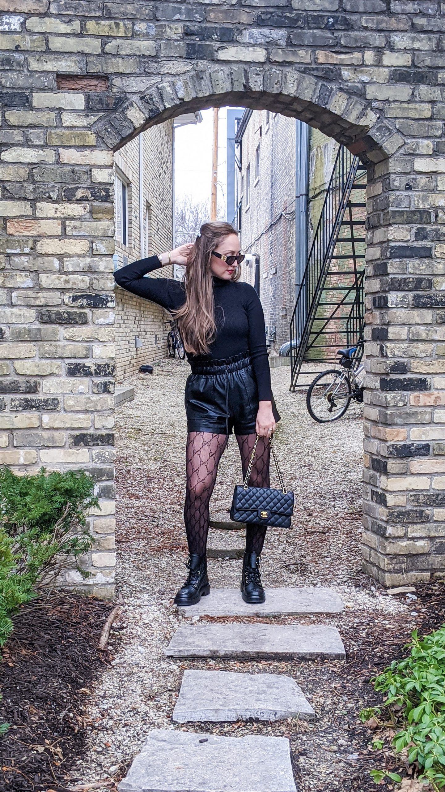gucci tights outfit