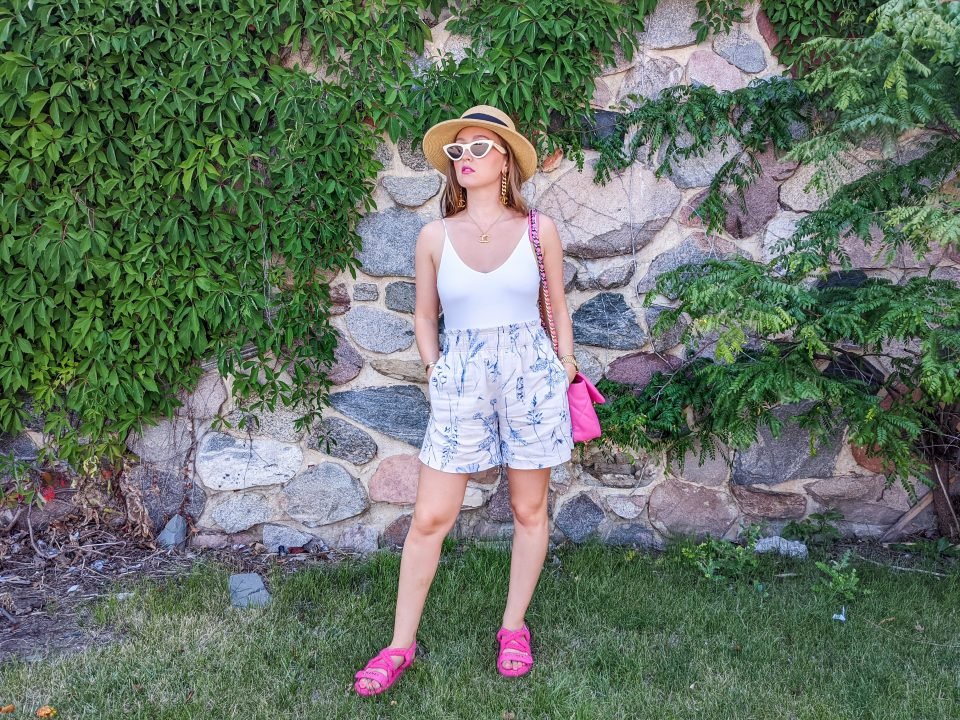 Casual Summer OOTD: H&M Floral Shorts Under $20
